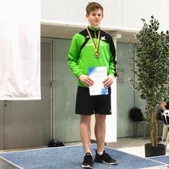 Jonathan Schauer qualifiziert sich für Acht-Nationen-Länderkampf und Youth Diving Meet in Dresden