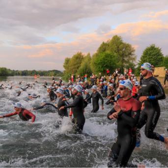 Christian Kramer wird Dritter beim Mittelstrecken-Triathlon in Quedlinburg